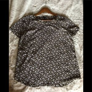 Ann Taylor ladies blouse size large